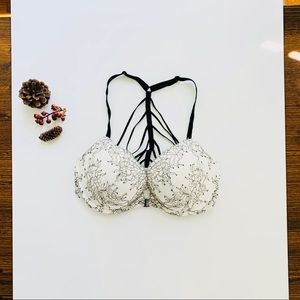 Victoria's Secret Very Sexy Bra Size 32D
